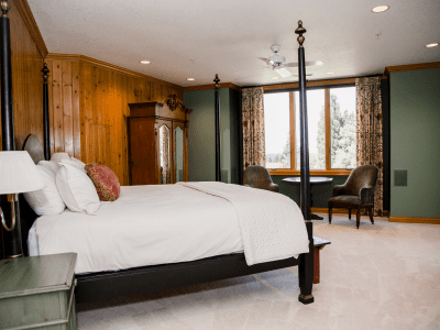 Grand Fir Suite King Size Bed